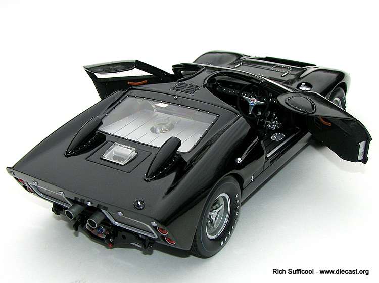 Model Cars – How To Display and Care For Your Diecast Car Collection