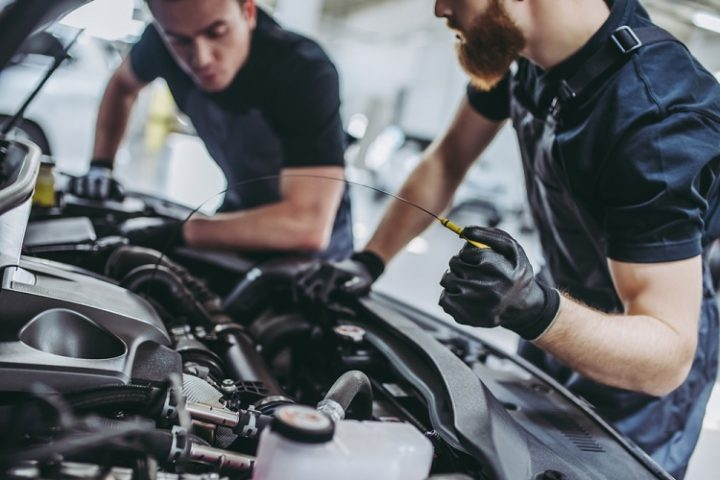 Signs That You Need to Visit a Car Mechanic